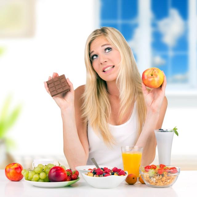 ป้องกันการกินมากเกินไป และการกลับมาอ้วนอีก ! กินขนมระหว่างลดน้ำหนักได้