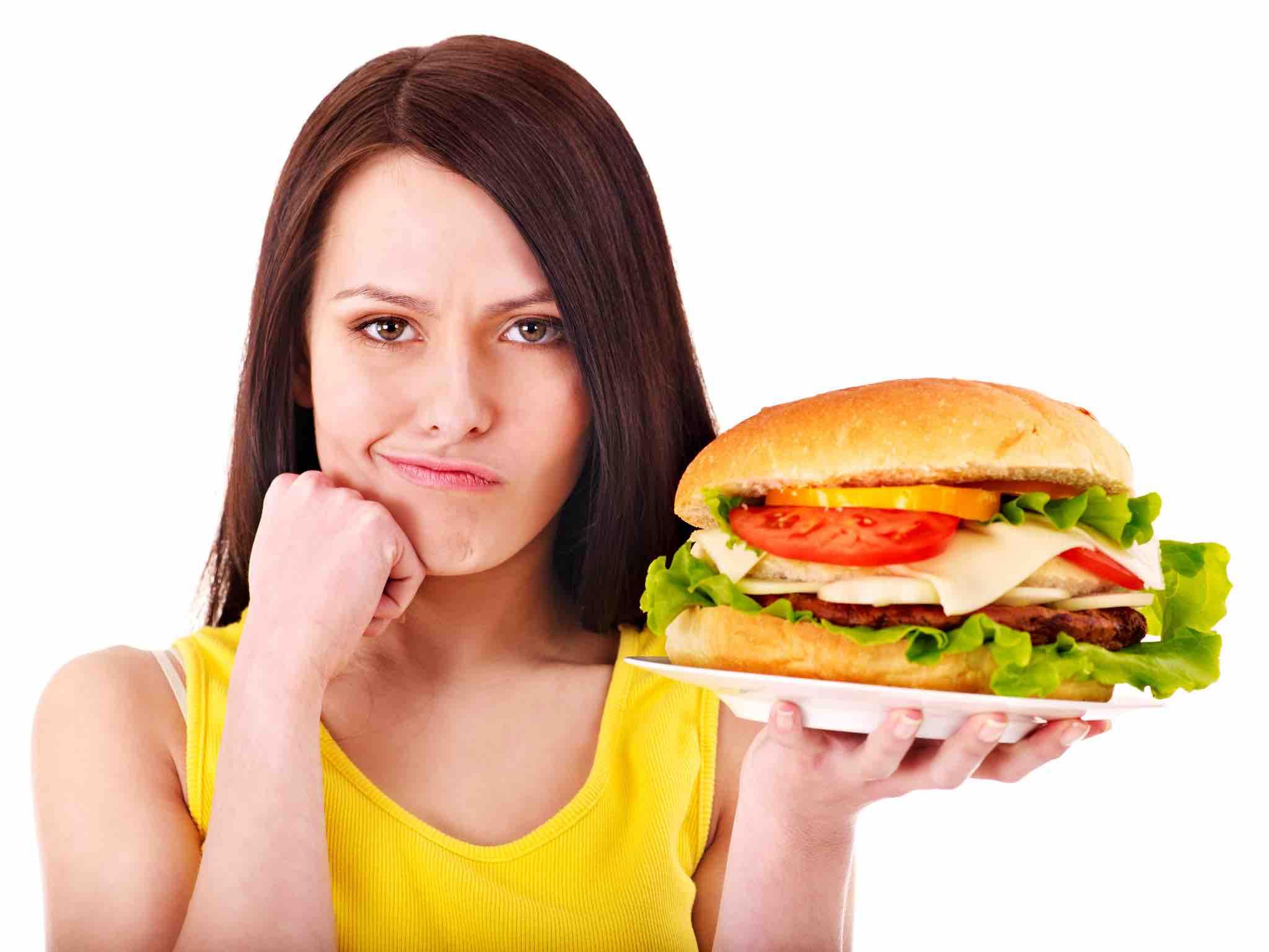 กินฟาสต์ฟู้ด อ้วนไหม ? วิธีการฟาสต์ฟู้ดไม่ให้อ้วนในช่วงลดน้ำหนัก