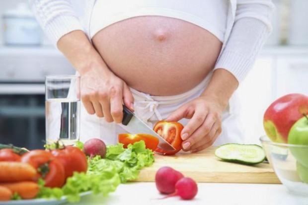 สิ่งที่สตรีมีครรภ์ต้องรู้!การลดน้ำหนักที่ถูกต้องสำหรับสตรีมีครรภ์