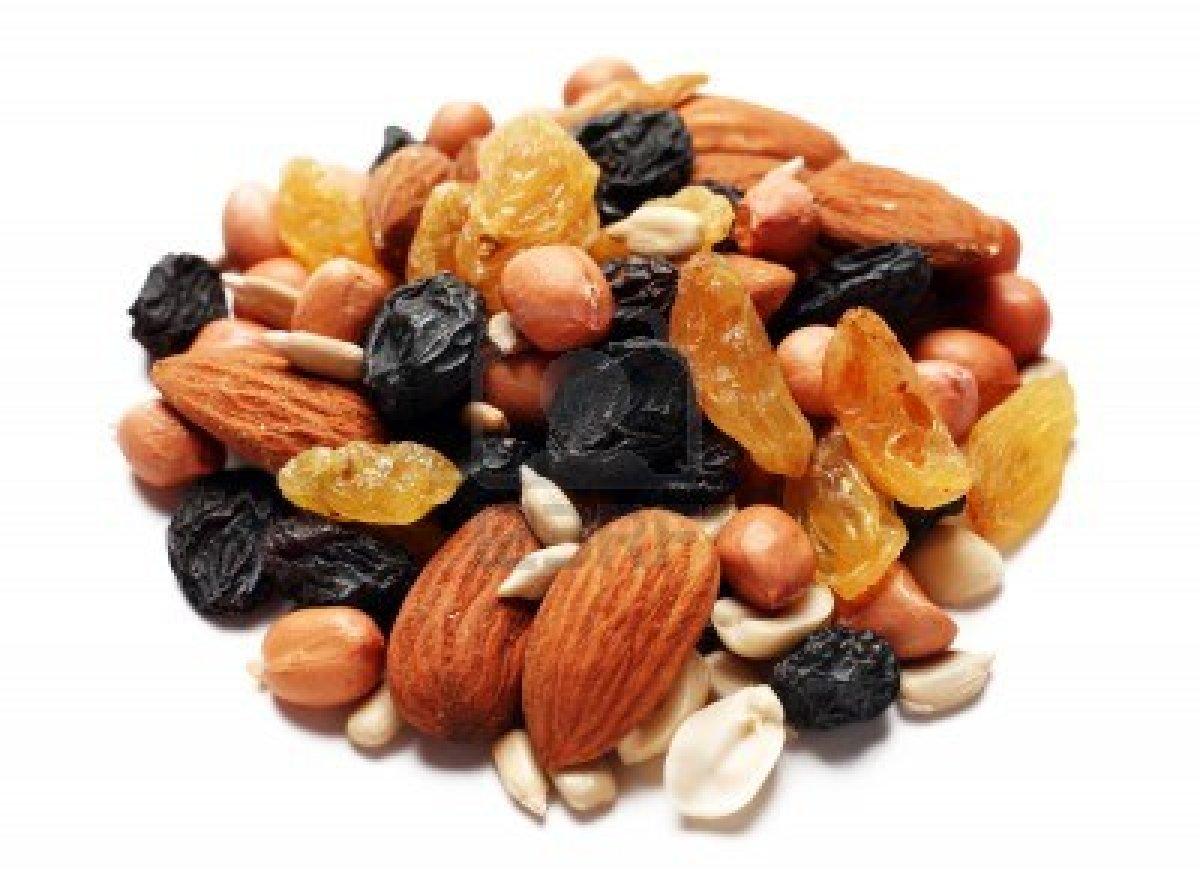 ถั่วและผลไม้อบแห้ง ของว่างในการลดความอ้วน